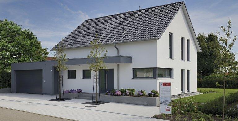 Musterhaus Life von Fertighaus WEISS GmbH