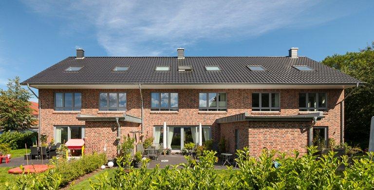Mehrfamilienhaus 150 - Terrassenseite