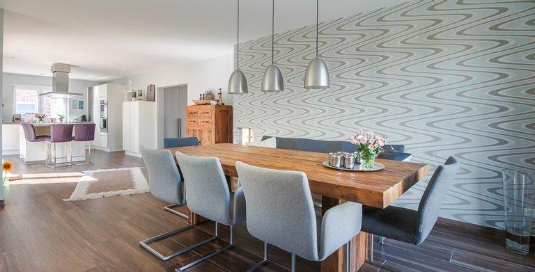 Mehrgenerationenhaus (Stadtvilla 220) - Küche und Essbereich