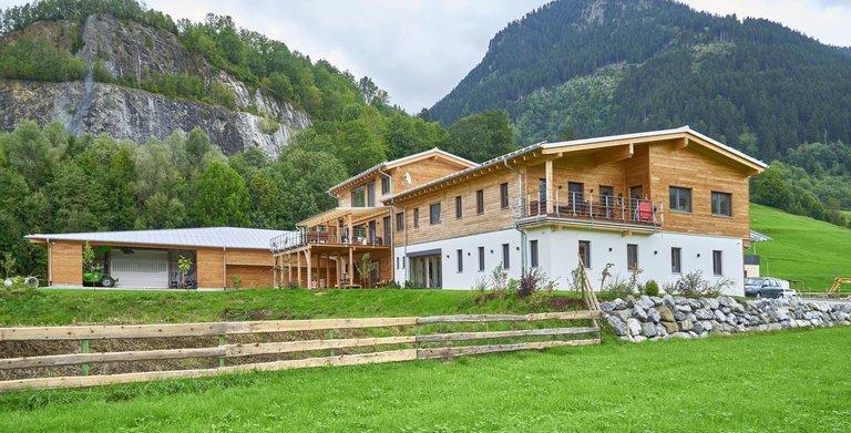 Von Lerchenfeld / Aussenansicht Sonnleitner Holzbauwerke